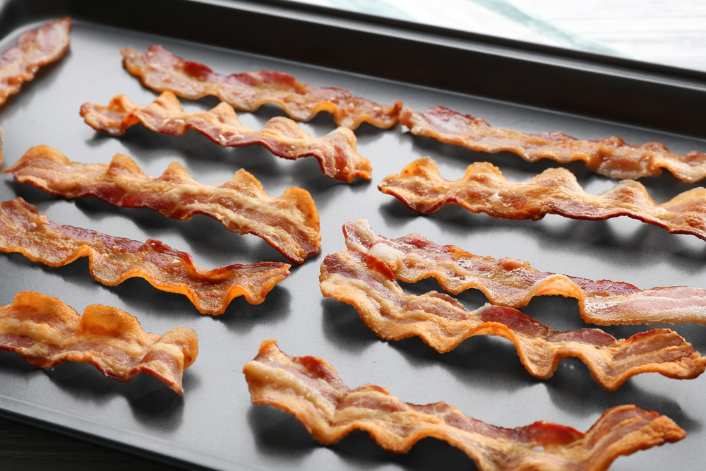 How to reheat bacon